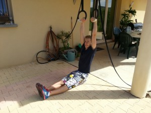 Muscle-up assis